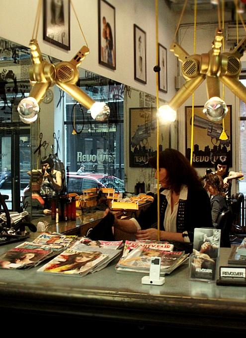 女性の味方、ニューヨーク随一の美容スーパーストア、Ricky\'s NYC!!!_b0007805_1122584.jpg