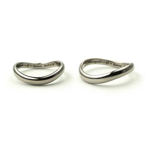 「絆」と「無限大」をコンセプトにした結婚指輪_e0131432_145178.jpg