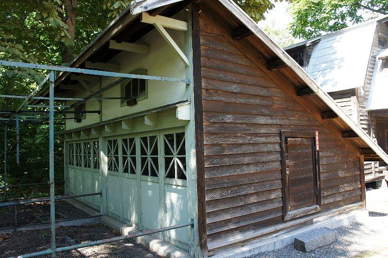 北海道大学農学部植物園 事務所附属博物館鳥舎_c0112559_21165267.jpg