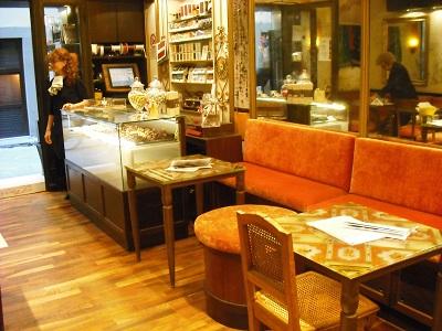フィレンツェのカフェ・フロリアン_a0172661_1913451.jpg