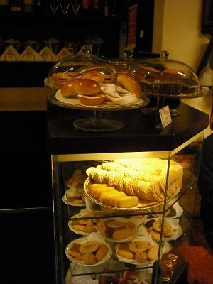 フィレンツェのカフェ・フロリアン_a0172661_1924852.jpg
