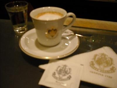 フィレンツェのカフェ・フロリアン_a0172661_1943811.jpg