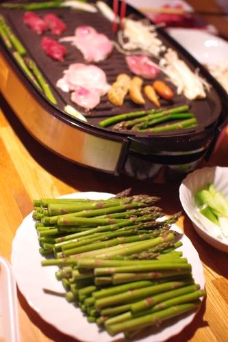 アスパラと焼き肉_c0110869_1642953.jpg