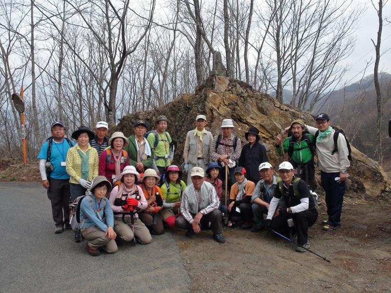 4月30日 旧十石街道〜カイト山ハイキング 開催しました。_b0209774_15365356.jpg