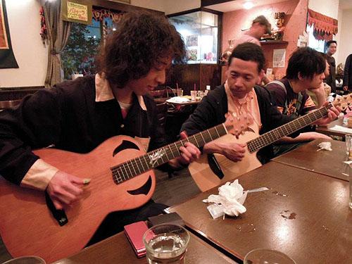 大阪からのお客様 ~ バターチキン ~ ギターセミナー_c0137404_21121932.jpg