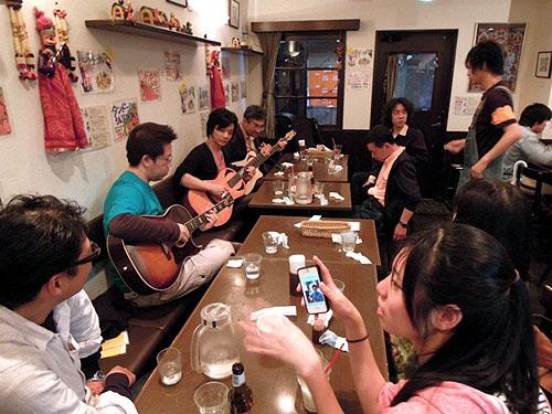 大阪からのお客様 ~ バターチキン ~ ギターセミナー_c0137404_2128929.jpg