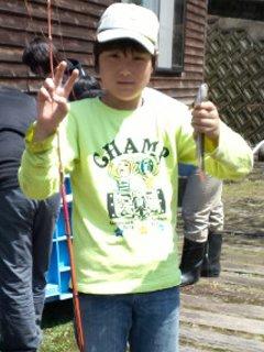 キャンプ最終日 & 『魚釣り大会!』 _f0101226_11104720.jpg