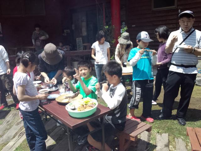 キャンプ最終日 & 『魚釣り大会!』 _f0101226_11122123.jpg