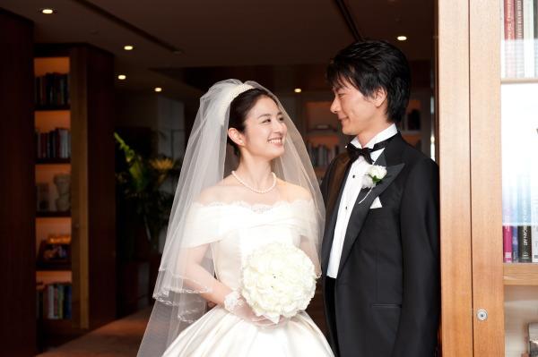 新郎新婦様からのメール 梅雨明けのころ 真珠と翡翠 パークハイアット東京さまへのブーケ_a0042928_19334876.jpg