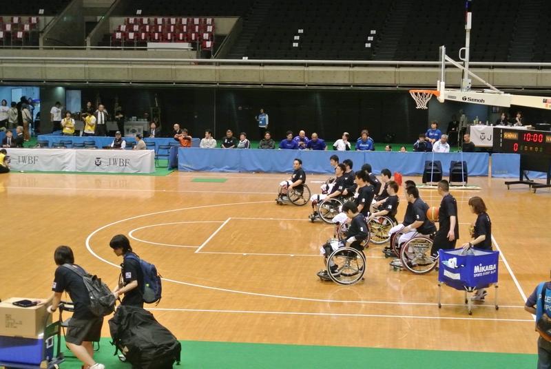 車椅子バスケットボール全日本選手権、3日目の決勝戦_e0089232_1949121.jpg