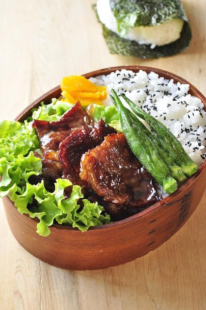 焼肉用の肉弁当と野球息子_b0171098_8182050.jpg