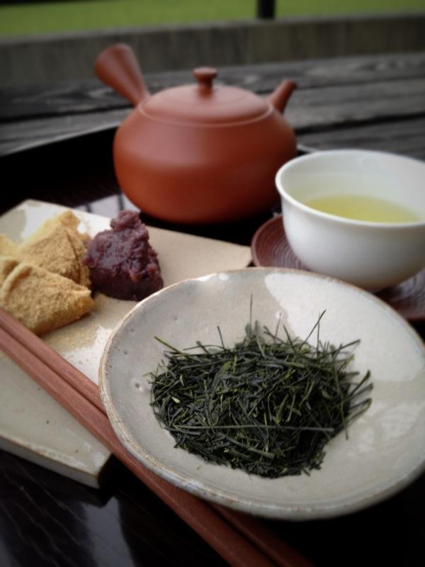 茶和や香(2)、午後のお茶会_b0220318_2141369.jpg
