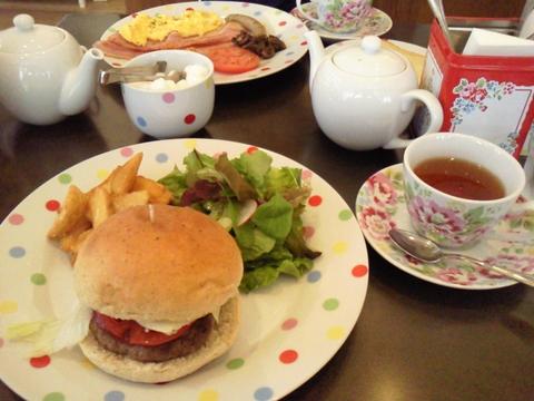 Cath\'s Cafe _e0237625_0255541.jpg