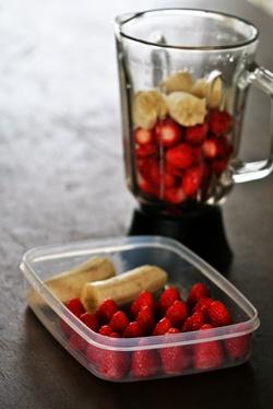 お弁当に入れる果物の冷凍保存_b0048834_68594.jpg