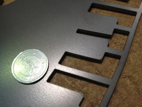 鉄のレーザー微細加工_d0085634_10241966.jpg