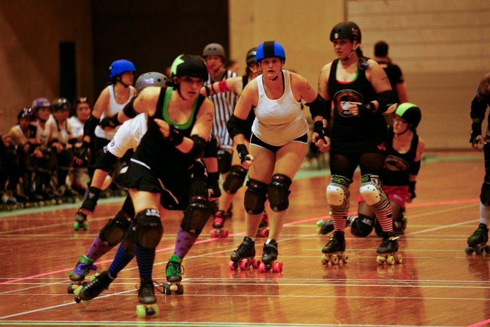 roller derby._c0153966_11162270.jpg