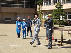 稲刈り体験(月光原小・西根小)_d0247484_21313757.jpg