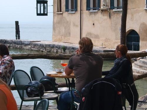 イタリアで一番大きな湖ーーガルダ湖へ!!_c0179785_62511.jpg