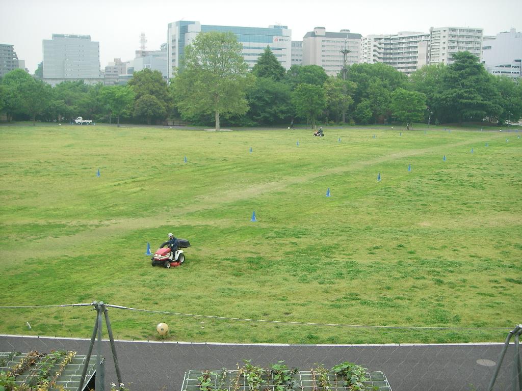 記念公園通信_b0172896_133858.jpg