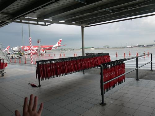 バリへの旅(1)―Air Asiaの強さ?!_e0123104_6542726.jpg