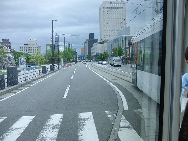 セントラムとポートラム(LRT)が走る街 富山市_f0141310_8241781.jpg
