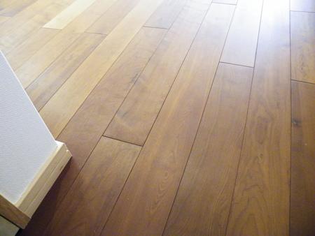 日本人が好む飴色の床_f0036534_23144247.jpg