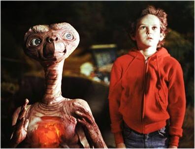 ETのハートが赤く光る理由!_b0213435_2312563.jpg