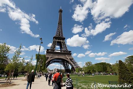 今日のパリは「おもい」_c0024345_2033297.jpg