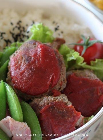 今日のお弁当 ☆ 筍と茄子のコロコロ麻婆丼♪_c0139375_1148945.jpg