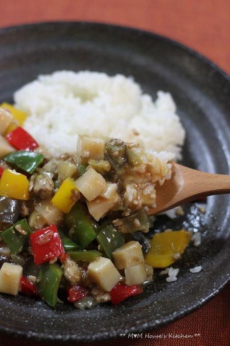 今日のお弁当 ☆ 筍と茄子のコロコロ麻婆丼♪_c0139375_11492111.jpg