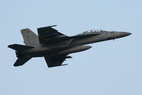 ドドぉ~んと、戦闘機の在庫整理です。_c0247982_22302113.jpg