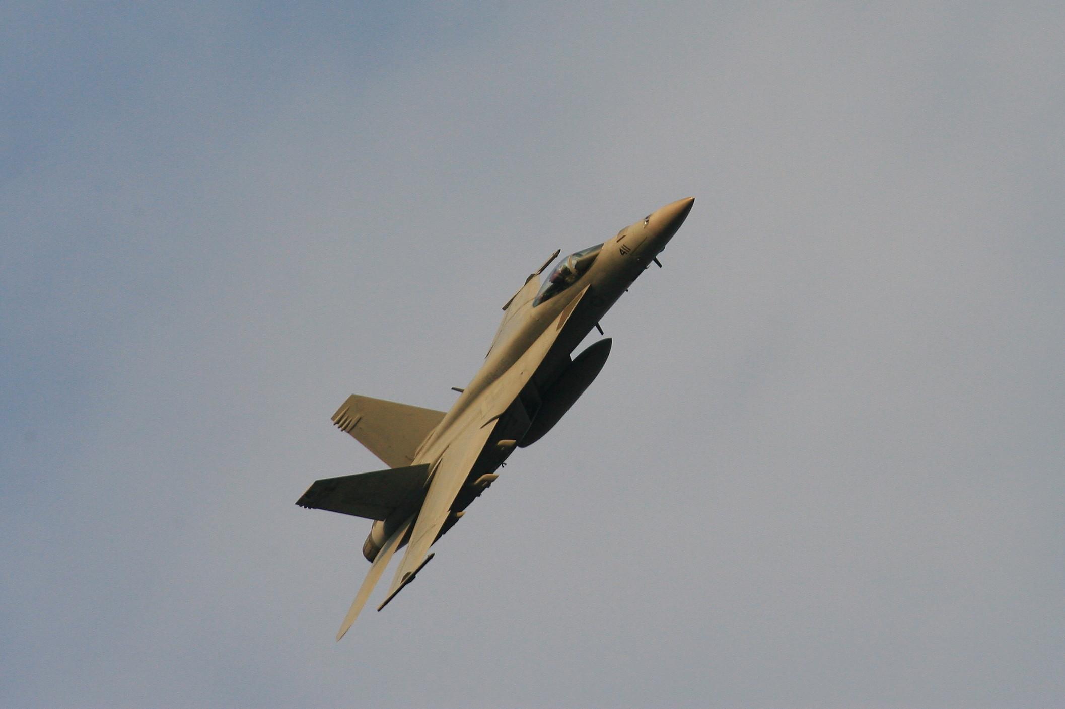 ドドぉ~んと、戦闘機の在庫整理です。_c0247982_2240789.jpg