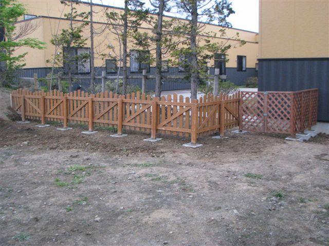 ◆ 木柵補強設置 ◆_c0078202_9552582.jpg