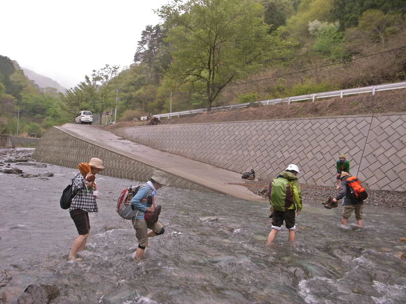 5月6日 野栗古道ハイキング 開催しました。が・・・_b0209774_19112015.jpg