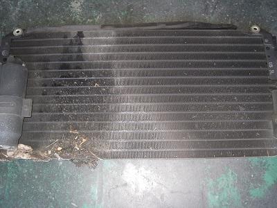 エクリプス エアコン ガス漏れ修理 コンデンサー_e0169210_17182784.jpg