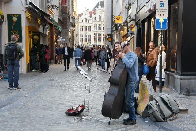 ベネルクスの旅の食事と酒 (5) 首都ブリュッセルのレストラン_c0011649_025351.jpg