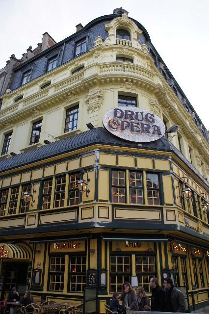 ベネルクスの旅の食事と酒 (5) 首都ブリュッセルのレストラン_c0011649_033663.jpg