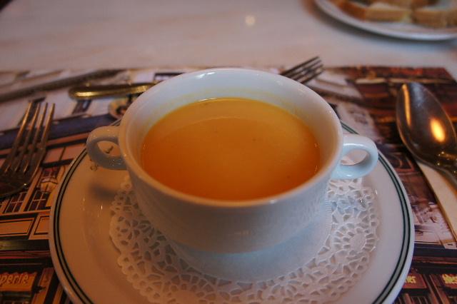 ベネルクスの旅の食事と酒 (5) 首都ブリュッセルのレストラン_c0011649_0592846.jpg