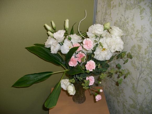 運泉館のお花が変わりました!_d0178652_23393875.jpg