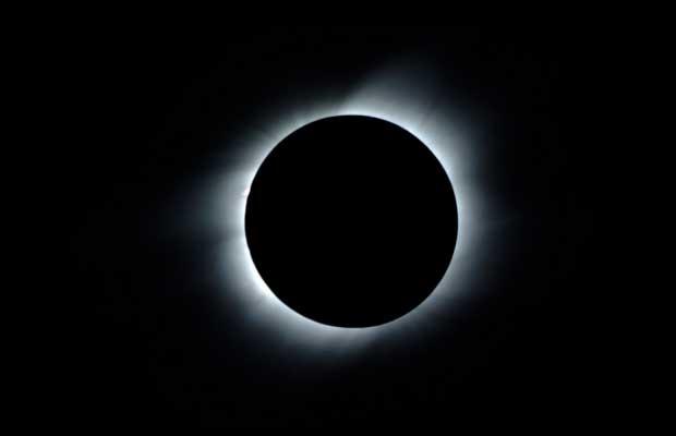 キーンカーン日食_c0223486_2442843.jpg