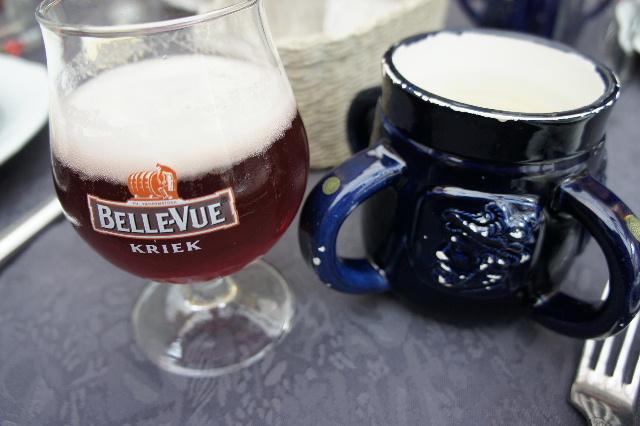 ベネルクスの旅の食事と酒 (6) ゲントでのカルボナードのランチ_c0011649_455496.jpg