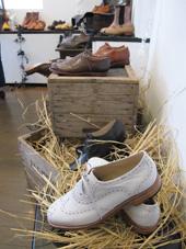 靴展 明日まで_c0218903_982399.jpg