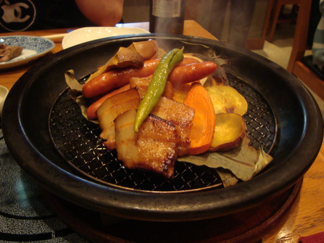 丸の内「和食豚肉料理 とん風」へ行く。_f0232060_1434389.jpg