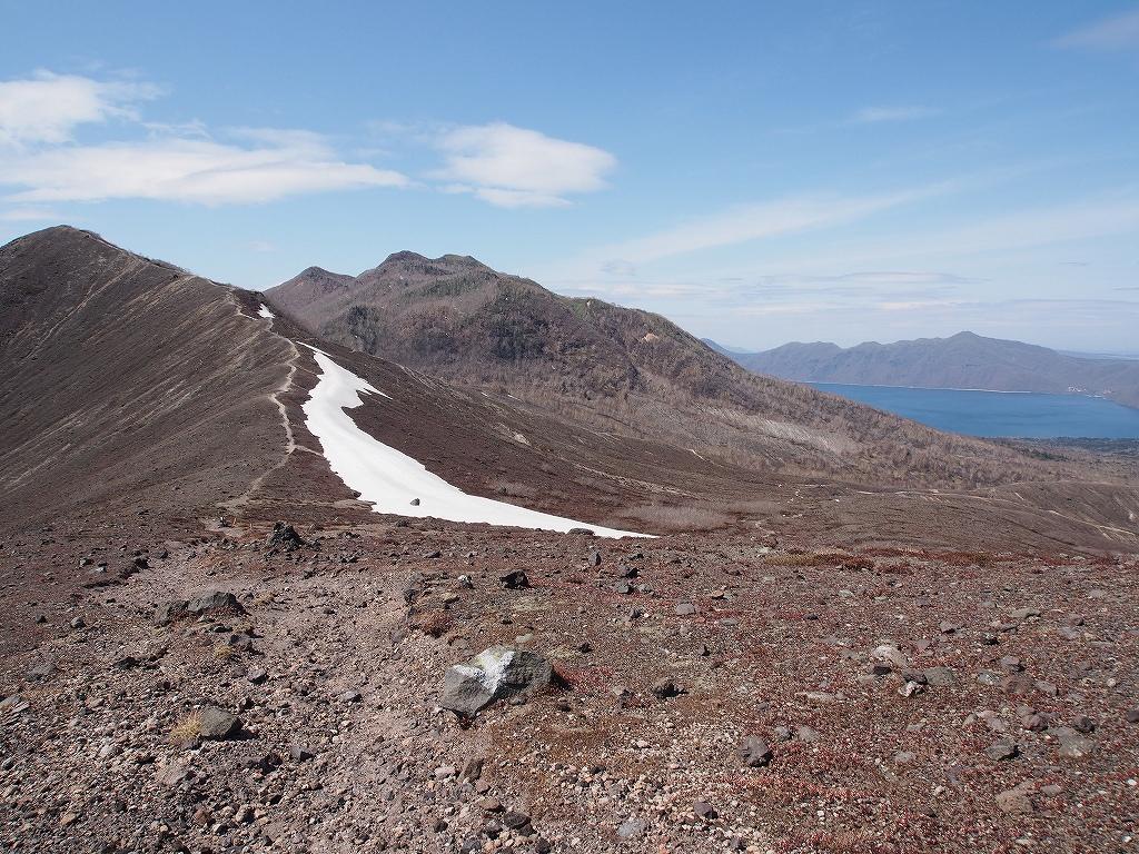 5月13日、風不死岳・樽前山西山-第3報-_f0138096_18251870.jpg