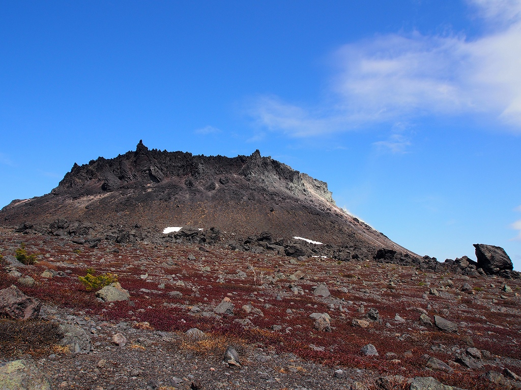 5月13日、風不死岳・樽前山西山-第3報-_f0138096_18253841.jpg
