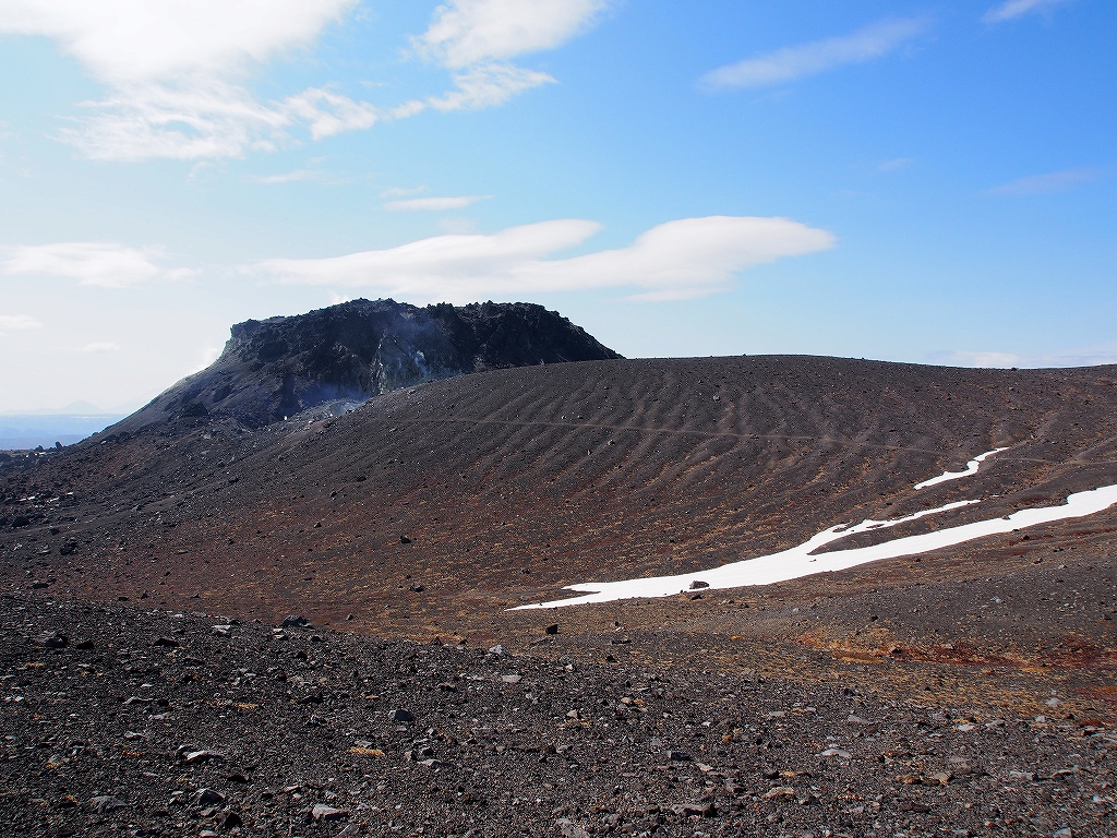 5月13日、風不死岳・樽前山西山-第3報-_f0138096_18264887.jpg