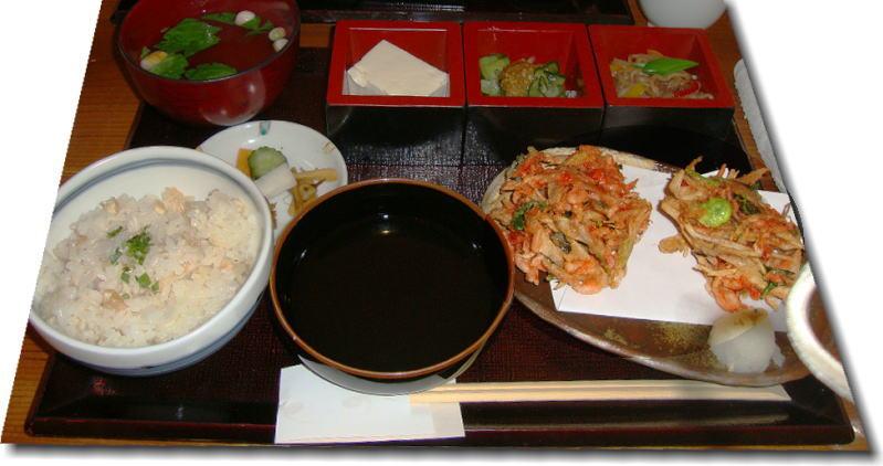 美味しいもん、食べてきました。(5月14日)_e0014000_9291593.jpg