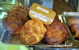 L'Ascension(キリスト昇天祭)のお菓子 「Corniottes ;コルニオット」_b0189215_16203362.jpg