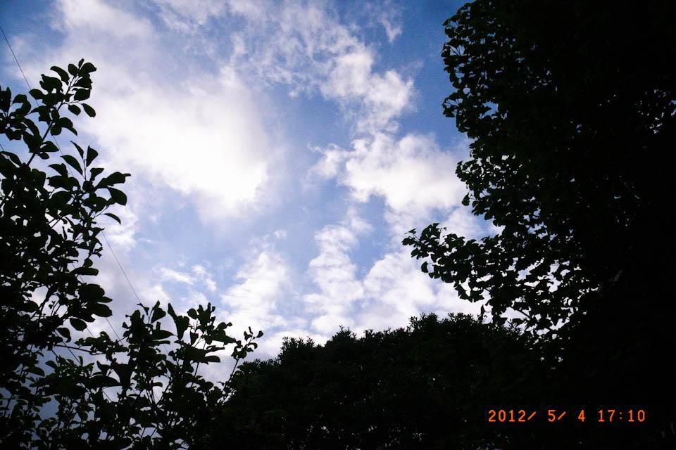 空を撮るなんて_e0132518_23223867.jpg