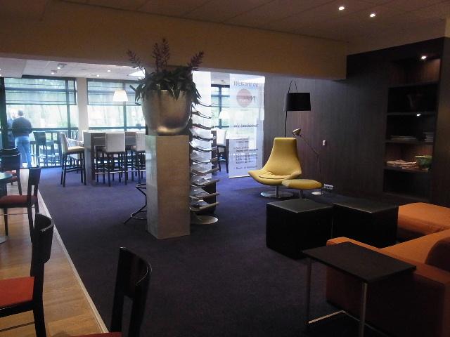 ベネルクスの旅の食事と酒 (9) 風車と陶器とアムステルダム_c0011649_2361449.jpg